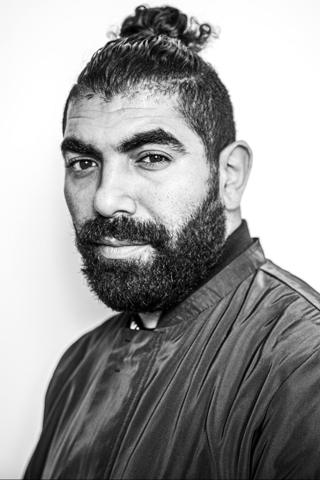 Sjaak: 'Ik zal niet zeggen dat het racistisch was, maar ze keken wel. Zo van: je bent een Marokkaan, wat doe je hier?' Beeld Ernst Coppejans