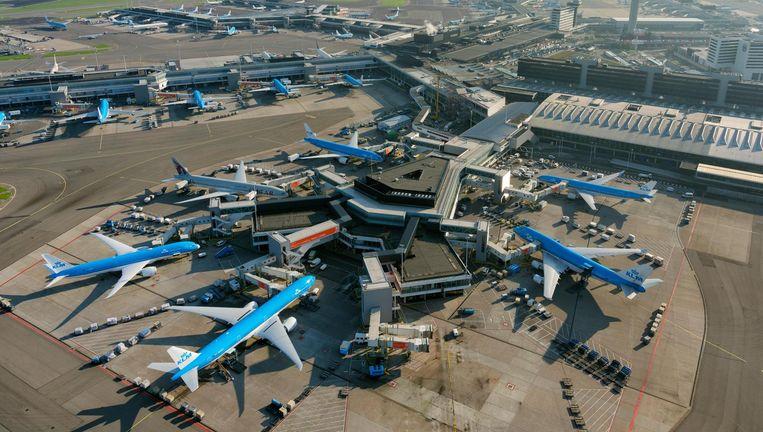 Terminal West op Schiphol. Beeld HH / Marco van Middelkoop luchtfotografie