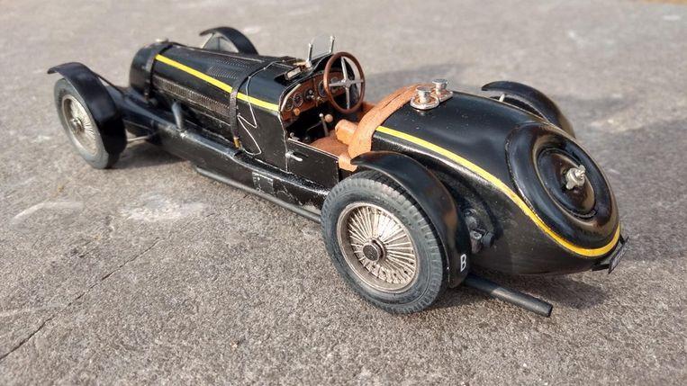 Een replica van de Bugatti waar koning Leopold III ooit mee reed.