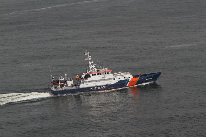 De Kustwacht kan niet zoeken met duikteams vanwege het slechte weer.