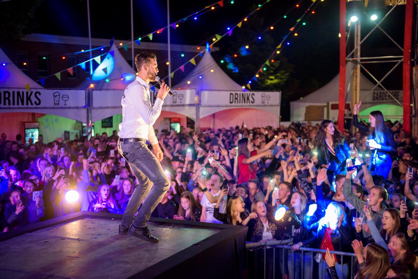Zanger Kafke op het Sowiezofestival in Eersel.