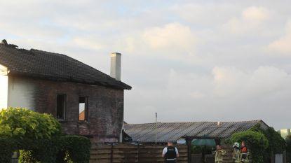 Huis tijdelijk onbewoonbaar na hevige brand