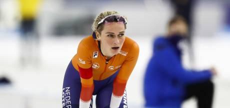 Schouten voert Nederlands podium aan na baanrecord op 3000 meter