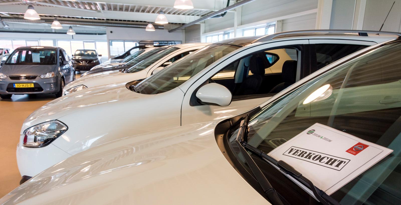 Het gaat goed met de auto- en motorbranche: in het derde kwartaal van dit jaar steeg de omzet met ruim 5 procent.