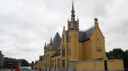 Veurns stationsgebouw na vijftien jaar uit de stellingen
