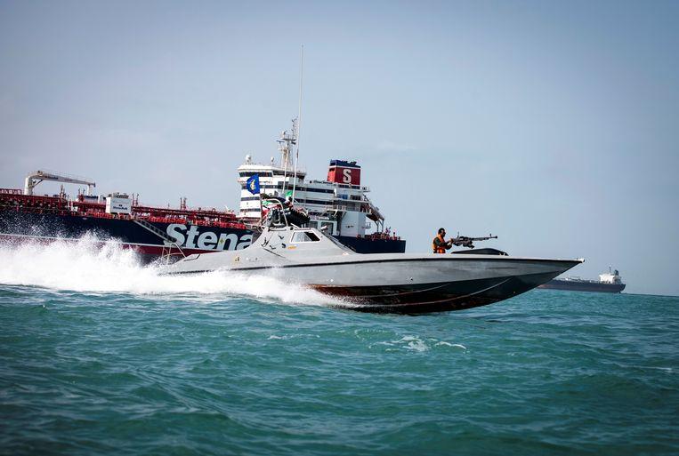 De onder Britse vlag varende olietanker Stena Impero is nu toch vrijgegeven.