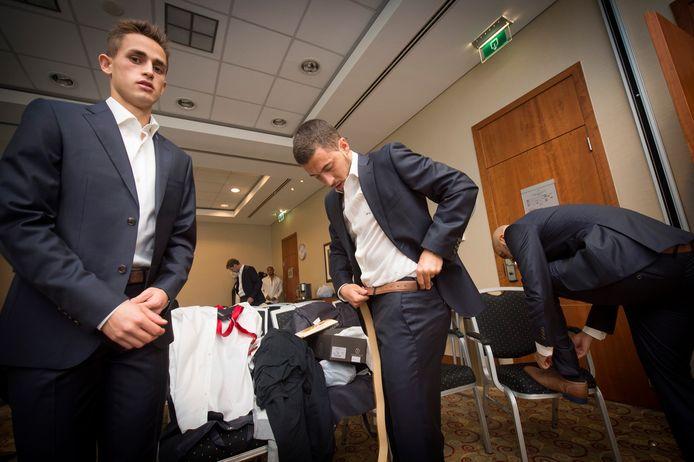Adnan Januzaj et Eden Hazard en plein essayage d'un costume