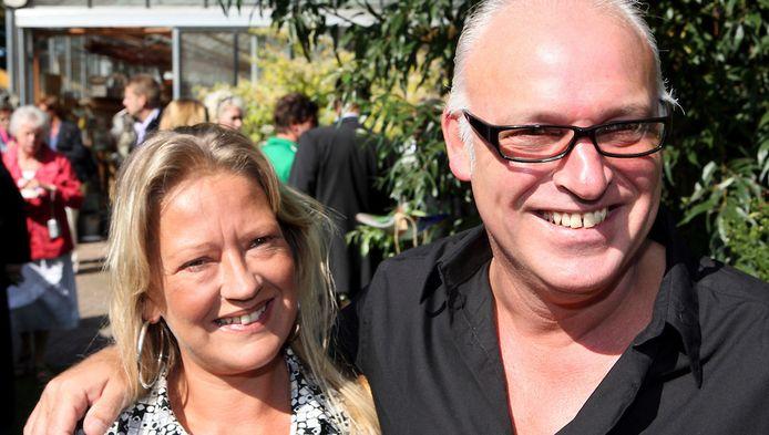 Rene Van Der Gijp Neemt Na Overlijden Vriendin Zoontje In Huis Show Destentor Nl