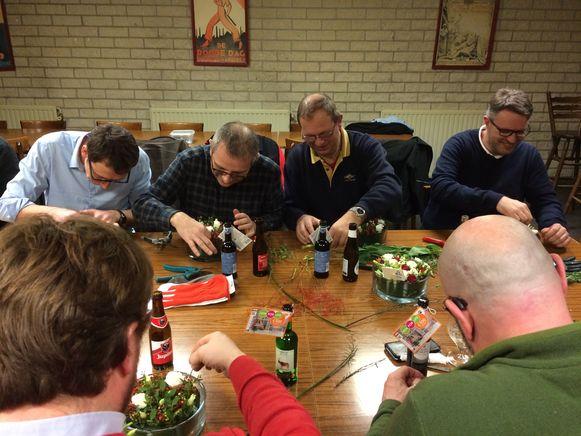 Voor Stefaan (tweede van linksboven) is het zijn derde deelname, het is een jaarlijkse traditie geworden.