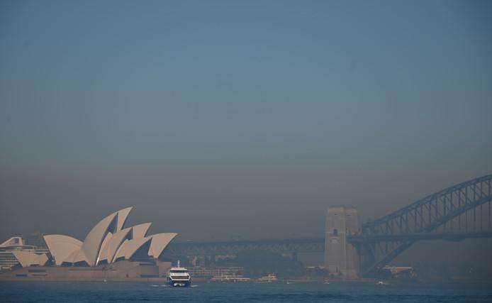 Een deken van rook bedekt Sydney.