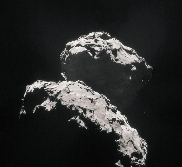 Komeet 67P/Tsjoerjoemov–Gerasimenko. Beeld ESA/Rosetta/NAVCAM