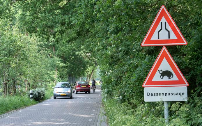 De dassenpassage in de Zeeweg moet smaller vindt de provincie Gelderland.