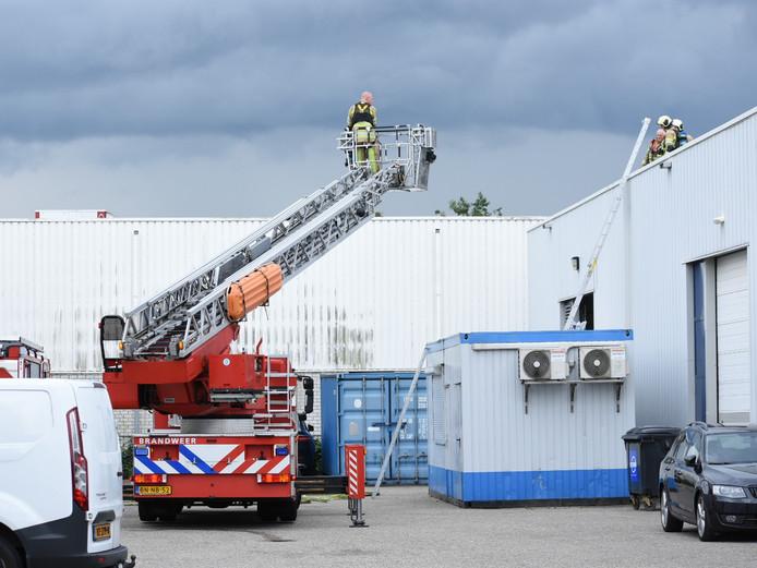Brand bij bedrijfspand aan Celsiusbaan Nieuwegein