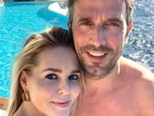 André komt met 'bewijsje' over gelijmde relatie en Chantal even weg zonder en met kinderen