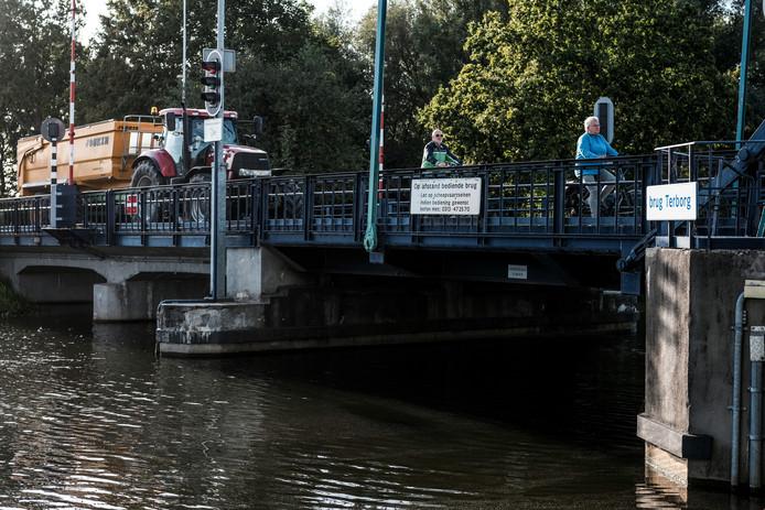 De brug tussen Etten en Terborg. Om de bediening op peil te houden, moet er snel ingegrepen worden.