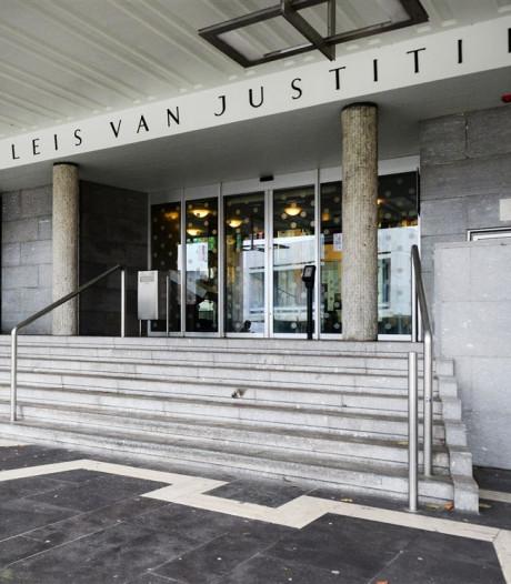 18-jarige Arnhemmer die oma bedreigde met mes nog niet berecht in afwachting van psychiatrisch rapport