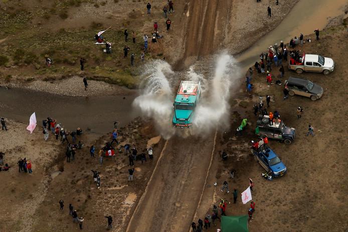 Ton van Genugten in actie tijdens de Dakar Rally.