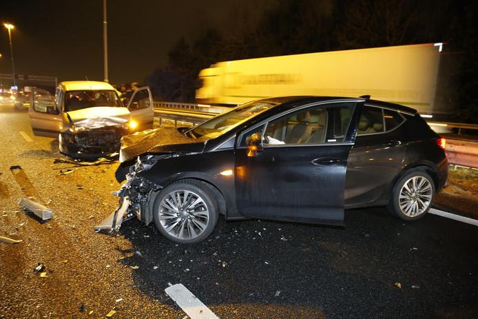 Ongeluk op A27 bij Oosterhout.