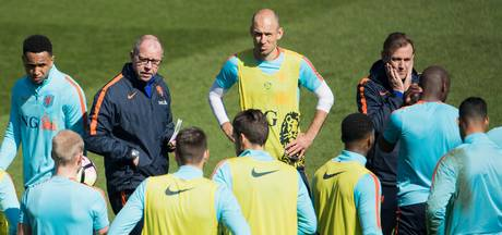 Ook in Lagos bouwen Robben, Sneijder & co aan Oranjehistorie