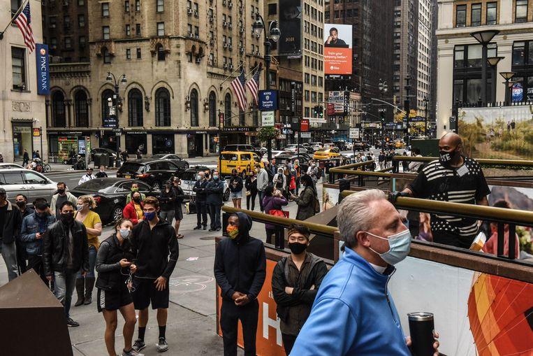 Ook in New York staan ze al in de rij om te stemmen