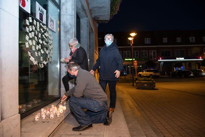 Actie tegen armoede aan het gemeentehuis in Zele.