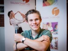 Joep (17) gaat, staat en spreekt voor muziek in Haaksbergen