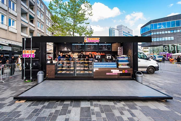 Vanaf donderdag 10 mei is in outletcentrum Rosada deze mobiele winkel van Dunkin' Donuts te vinden.