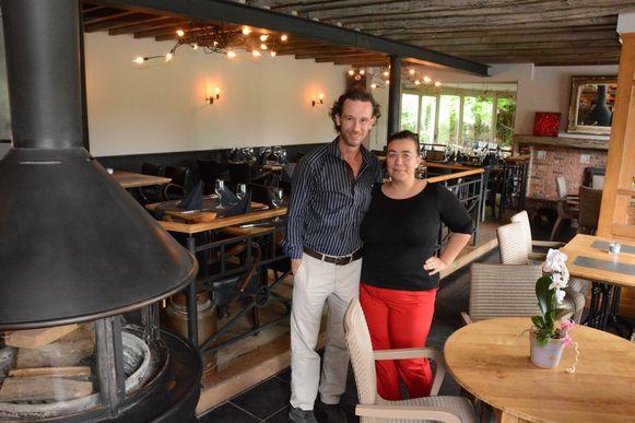 David en Inge baten al zeven jaar Tachterhuis in Moerbeke-Waas uit en gaan dit succesverhaal nu verderzetten in De Boshoeve.