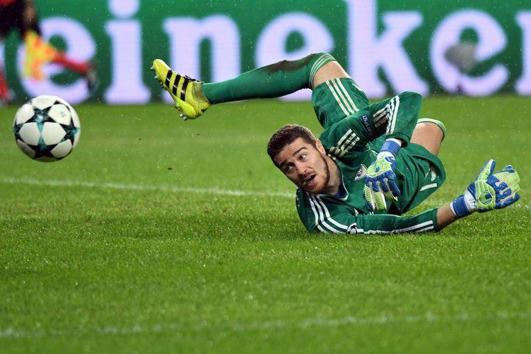 Qarabag-keeper Ibrahim Šehic tijdens de wedstrijd tegen AS Roma. Beeld afp
