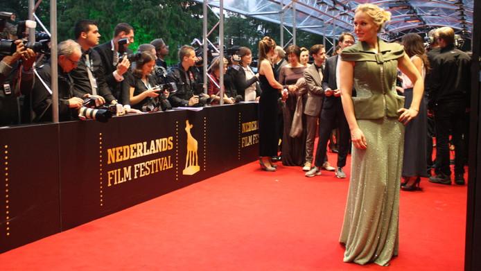 Hadewych op de rode loper van het Gala van de Nederlandse Film, vrijdag in Utrecht