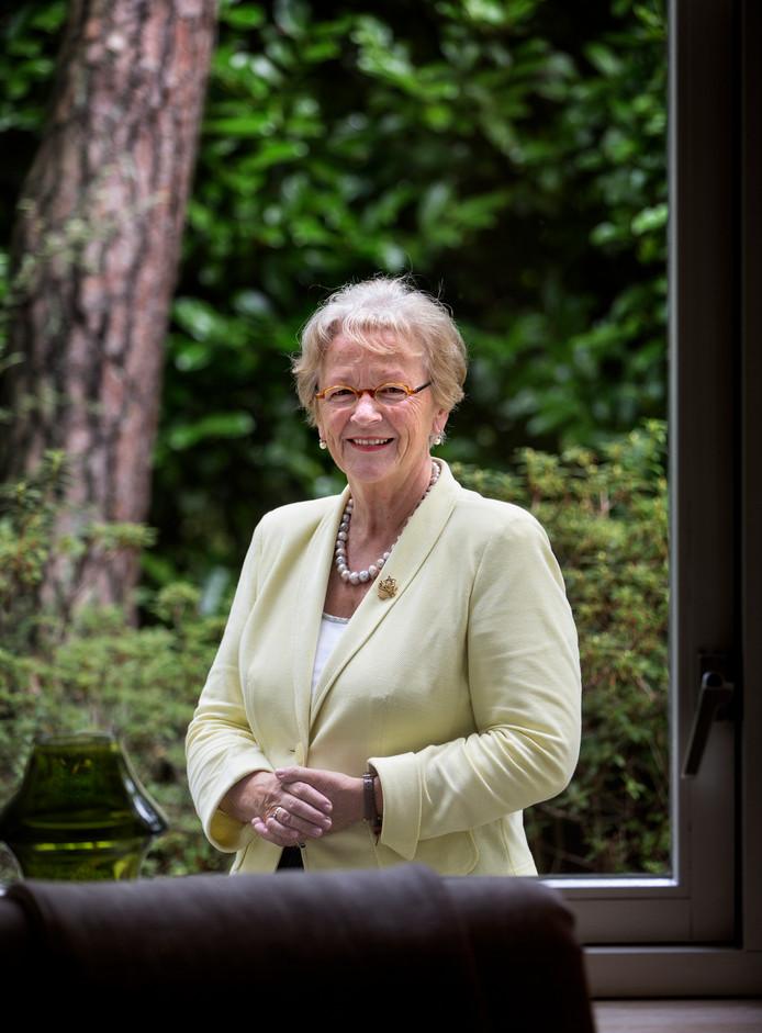 Diny Stolvoort is een van de auteurs.