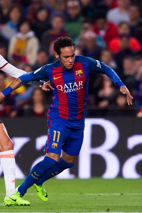 'ManUnited heeft 200 miljoen over voor Neymar'