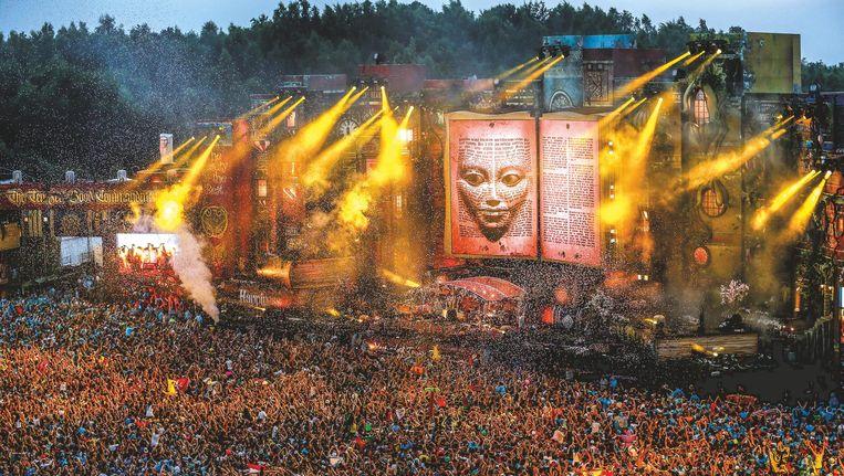 Een succesvolle editie van Tomorrowland in 2012 Beeld Rutger Geerling
