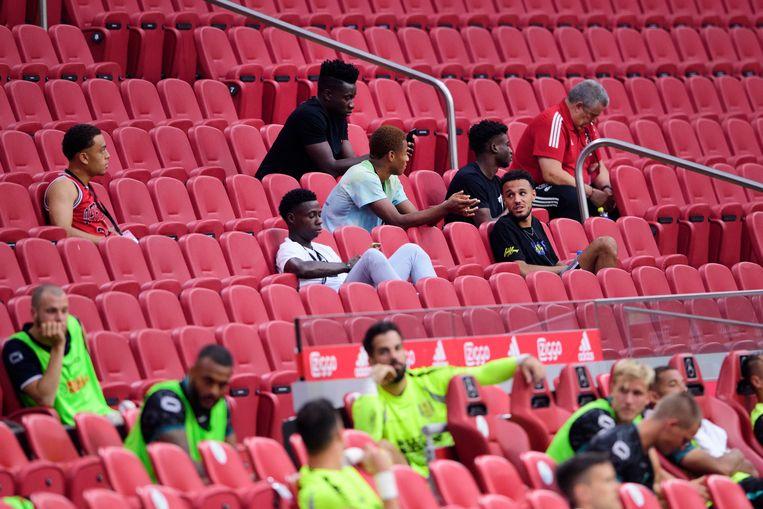 Mohammed Kudus op de tribune in de Johan Cruijff Arena. Beeld Hollandse Hoogte/ ANP
