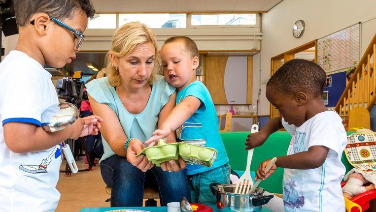 Nu de voorscholen niet meer gratis zijn, halen veel ouders hun kinderen ervan af Beeld anp