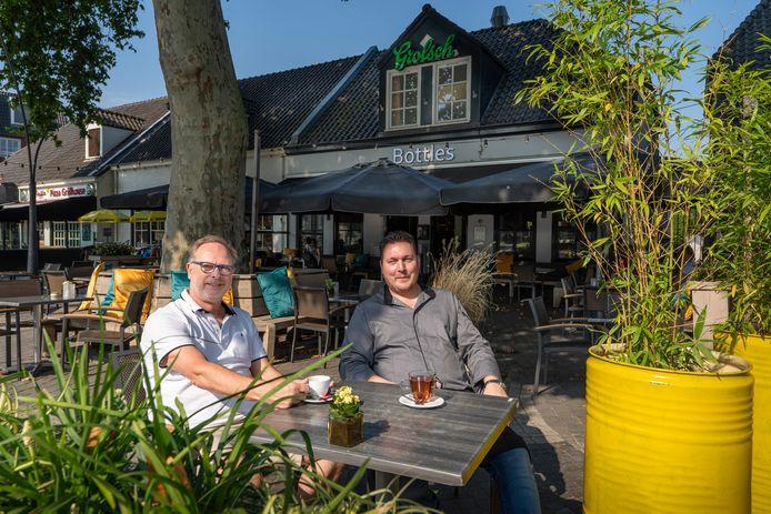 De nieuwe uitbaters van Bottles op de Driesprong: Peter Holterman (links) en Daan Wichgers.