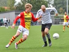 Jonge verdediger Fedde Dibbink intens gelukkig met basisplaats bij CSV Apeldoorn