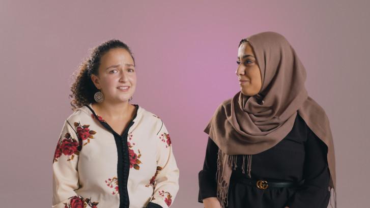 Eén Pot Nat: Waarom hebben moslims zo weinig zelfspot?