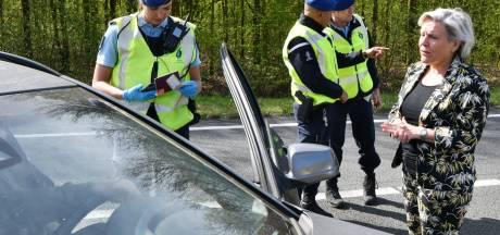 Extra grenscontroles in Twente: 'We kunnen grensverkeer ontmoedigen, maar niet beboeten'