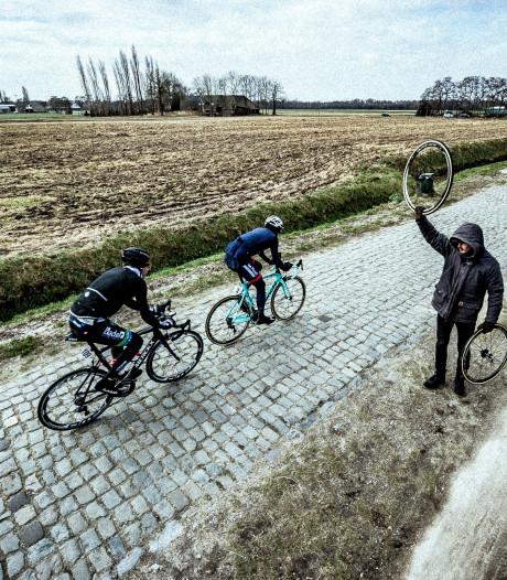 Onderkoelde renners uit koers gehaald in Omloop Houtse Linies