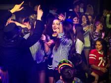 Tieners uit hun dak op alcoholvrij KICKZ in Eindhoven