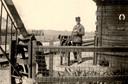 De spoorlijn kreeg ter hoogte van Sambeek een eigen halte, nummer 37. Vanaf deze halte werd een smalspoor aangelegd, waarmee goederen en bouwmateriaal konden aangevoerd naar de plek waar het radiostation in aanbouw was.