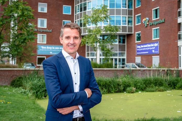 Sander van IJsseldijk heeft veel zin in zijn nieuwe functie als directeur van De Vijverhof.