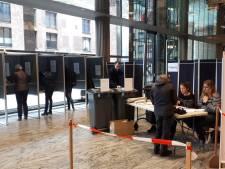 Opkomst stembureau station Breda vanochtend 'beduidend' hoger dan vier jaar geleden