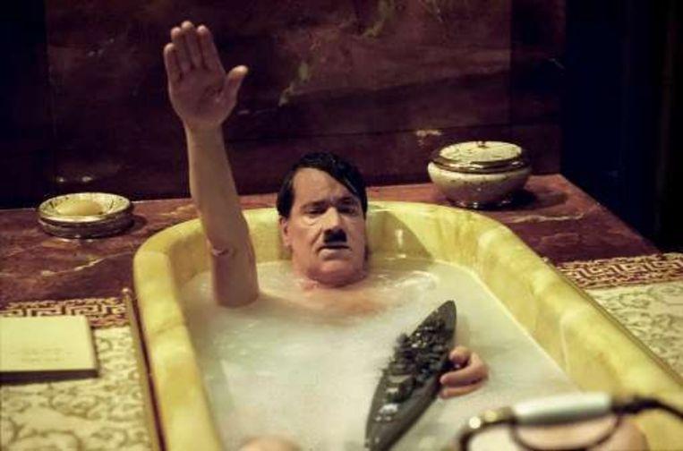 Eerst was er de Hitler-satire 'Mein Führer', nu de mogelijke verrijzenis van Adolf Hitler in de politiek.