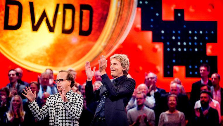Matthijs van Nieuwkerk en Marc-Marie Huijbregts tijdens de opnames van de speciale jubileumeditie van De Wereld Draait Door. Beeld anp