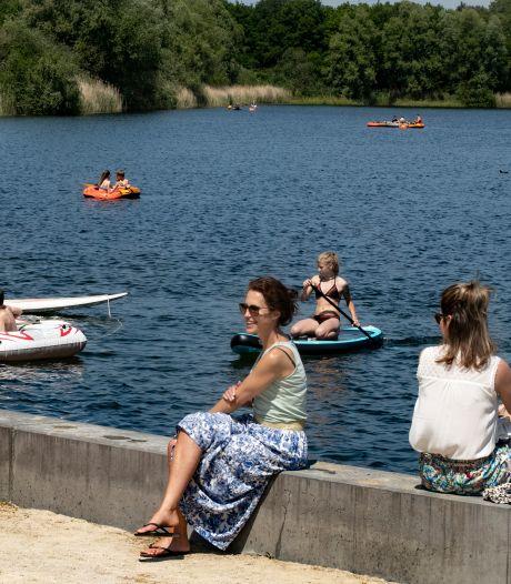 Warme vrije dag: het water trekt