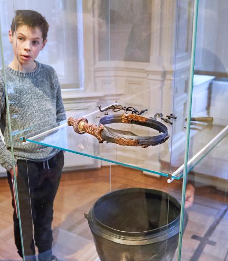 Rijksmuseum vindt claim op zwaard uit vorstengraf niet leuk meer: 'Dit berokkent schade aan onze nauwe band met Oss'