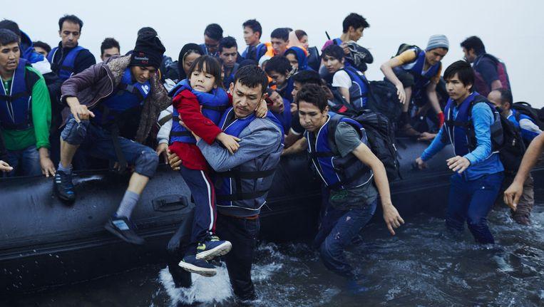 Griekse eilandbewoners die Syrische vluchtelingen uit de Middellandse Zee redden, zijn genomineerd Beeld anp
