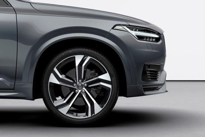 Grote SUV's behoren tot de minst betrouwbare modellen, zo blijkt uit een enquête van WhatCar?